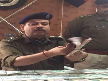 Big racket of  fake Currency revealed ,  printing in Delhi