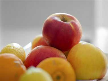 health benefits of apple and orange