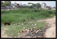 ऐतिहासिक कुंड व तालाबों में बहता है मलजल