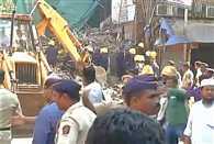 BUILDING COLLAPSES NEAR GRANT ROAD IN MUMBAI
