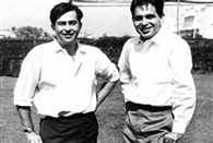 When Dilip Kumar and Raj Kappor had fun at cricket ground