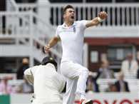 James anderson has taken 400 wickets in test cricket