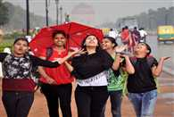 Mercury dips in Delhi after rains