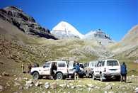 500 Kailash Mansarovar passengers stranded on the mountains of Nepal