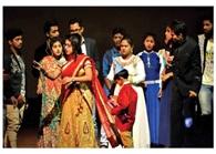 नशा के खिलाफ जागरूकता के लिए नाटक का मंचन