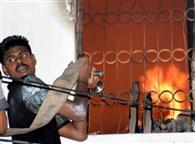 गोदाम में लगी भीषण आग, लाखों का नुकसान