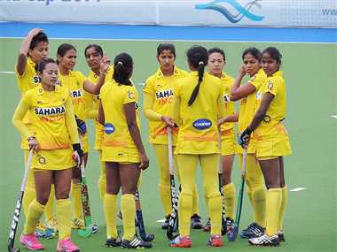 indian women hockey team beat Tand D in glasgow