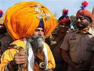 Indian man with 45kg turban says the weight is no burden