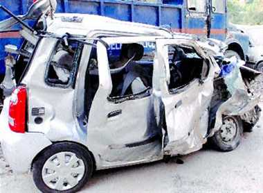7 killed in Greater Noida road accident