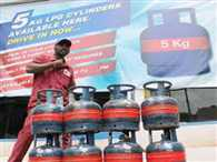 Government mulls 2-kg LPG cylinders