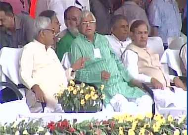 Big show against NaMo in Patna, Sonia, Nitish and Lalu on same stage