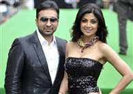 shilpa shetty does not want to put her son'viaan's video in social media
