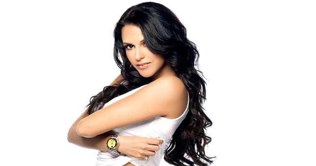 Neha Dhupia single again