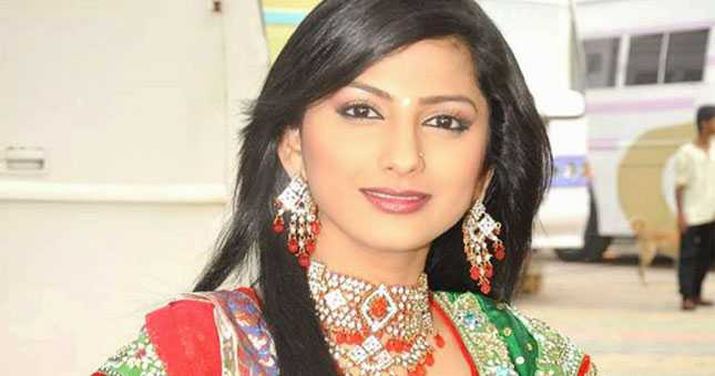 Rucha Hasabnis to quit acting