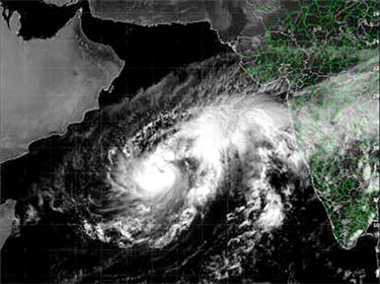 Nilofer goes weak, the risk is low