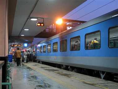 first high speed train on delhi-agra section on nov. 10