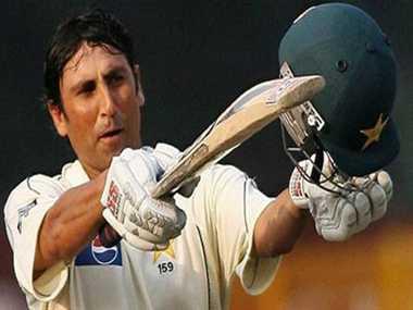 pakistan cricketer yunus khan third continuous century against australia