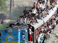 who travel on the roof is not passengers says gujarat high court