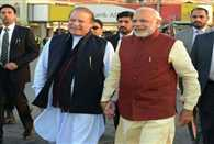 Pak Prime Minister Nawaz Sarif calls Indian Prime Minister Narendra Modi before heart surgery operation