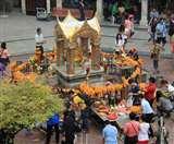 बुरी शक्तियों से बचाने के लिए बैंकाक में बना ब्रह्मा का ये मंदिर