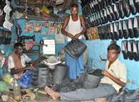 Elephants to wear shoes now as cobblers of Nalanda are making shoes for the,