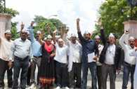 aap workers fight for electric