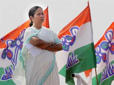 mamta ready to shake hands with vam morcha against BJP