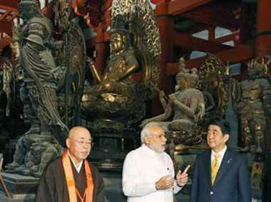 Modi visits Toji temple in Kyoto with mori and japan PM