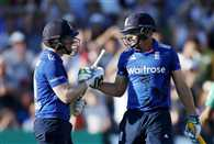 England makes world record of biggest ODI score against Pakistan