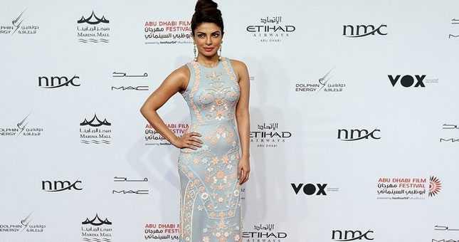 Too tight for Priyanka Chopra's comfort