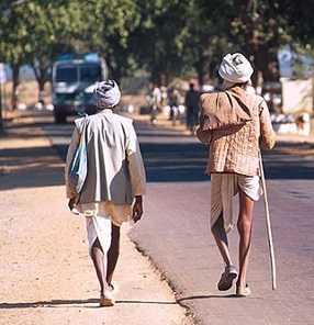 शर्मनाक: यहां परंपरा के नाम पर बुजुर्गों की हत्या