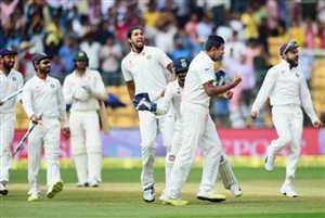 बेंगलुरू टेस्ट: टीम इंडिया ने लिए पुणे में हार का बदला