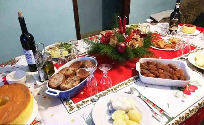 Image result for दुनिया के दस अजूबे क्रिसमस डिनर्स के नमूने जो हैं परंपरा से हट कर