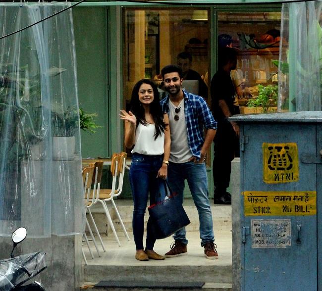 रणबीर कपूर के कज़िन आदर जैन अपनी एक्ट्रेस अन्या सिंह के साथ डेटिंग पर, देखें तस्वीरें