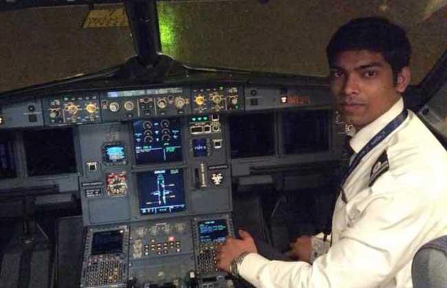जानें कैसे एक डिलीवरी ब्वॉय ने पायलट बन लगाए सपनों को पंख
