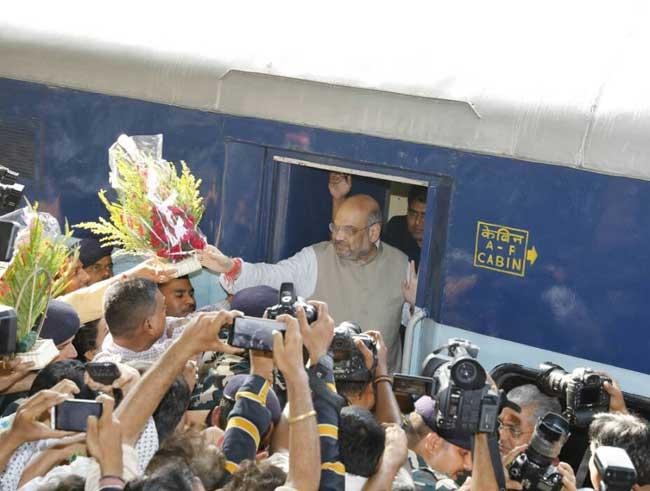 पश्चिम बंगाल में भाजपा के राष्ट्रीय अध्यक्ष अमित शाह, देखें तस्वीरें