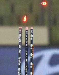 खिलाड़ियों की मैच फीस से भी 4 गुना कीमत की हैं क्रिकेट मैदान पर दिखने वाली यह 'आम' चीज