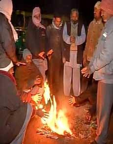 उत्तर भारत में सर्दी का सितम, देखें तस्वीरें