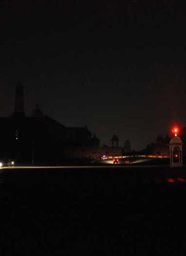 'अर्थ ऑवर' के दौरान नॉर्थ ब्लॉक, साउथ ब्लॉक और राष्ट्रपति भवन का नजारा
