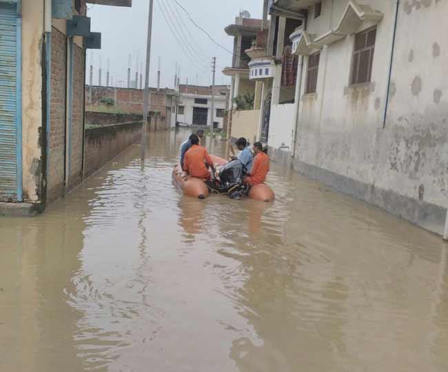 तस्वीरों में देखें-यूपी के पूर्वांचल में नेपाल से आई बाढ़ का खतरा