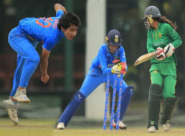 पाक को धूल चटाकर भारतीय महिला टीम फाइनल में पहुंची, देखें तस्वीरें