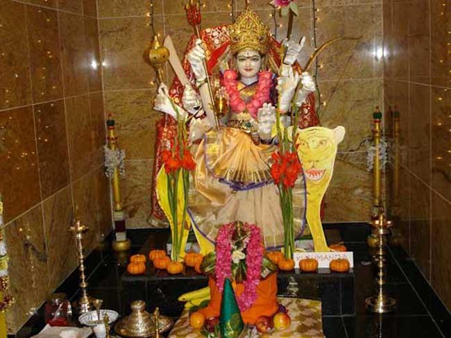 मां दुर्गा का चौथा स्वरूप देवी 'कुष्मांडा' हैं इन्हीं देवी ने की थी ब्रह्मांड की रचना