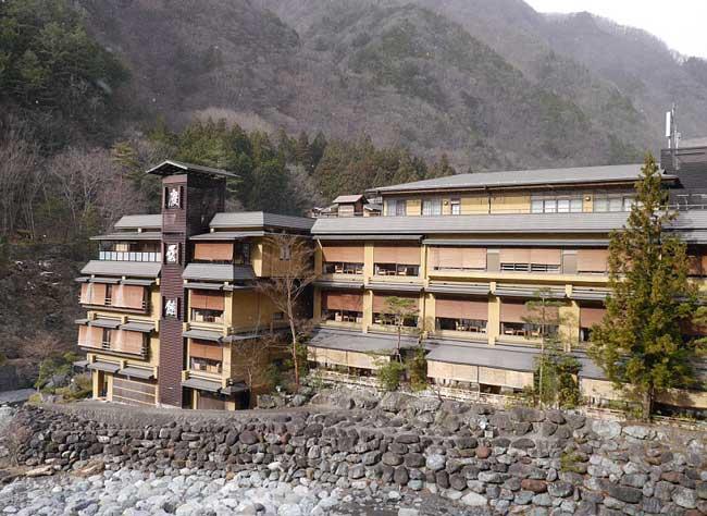 तस्वीरें : 1,311 साल पुराना यह होटल आधुनिक होटलों को दे रहा टक्कर