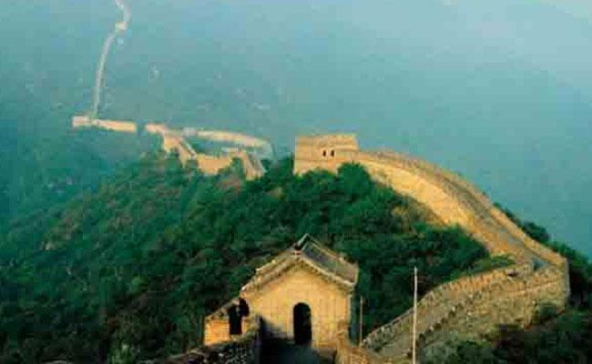 चलिए 7 वंडर्स की सैर पर जिसमें शामिल है ताजमहल की सबसे सस्ती है सैर...