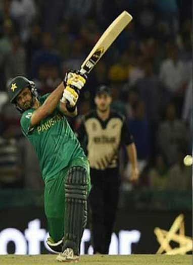 पाकिस्तानी खिलाड़ी शाहिद अफरीदी ने लिया संन्यास