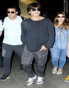 airport pics: शाह रूख खान समेत आपके ये फेवरेट स्टार्स जब आए नज़र