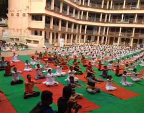 अंतरराष्ट्रीय योग दिवस पर बिहार में योग की धूम, देखें तस्वीरें...