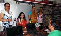 जमशेदपुर में आधार से जोड़ा गया किन्नरों को