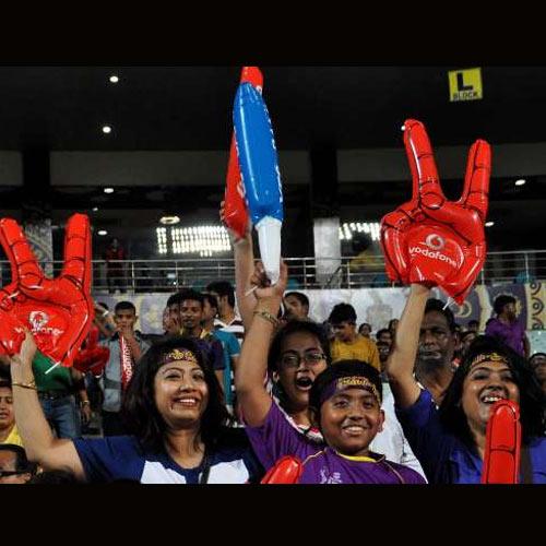 आप भी मिलिए IPL के दीवानों से, देखें हैं कभी ऐसे क्रेजी फैंस