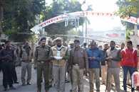 नामांकन स्थल पर 319 पुलिसकर्मियों का सुरक्षा घेरा